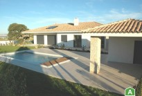 Contemporary house with 18800 m2 land - 10 min. from Óbidos
