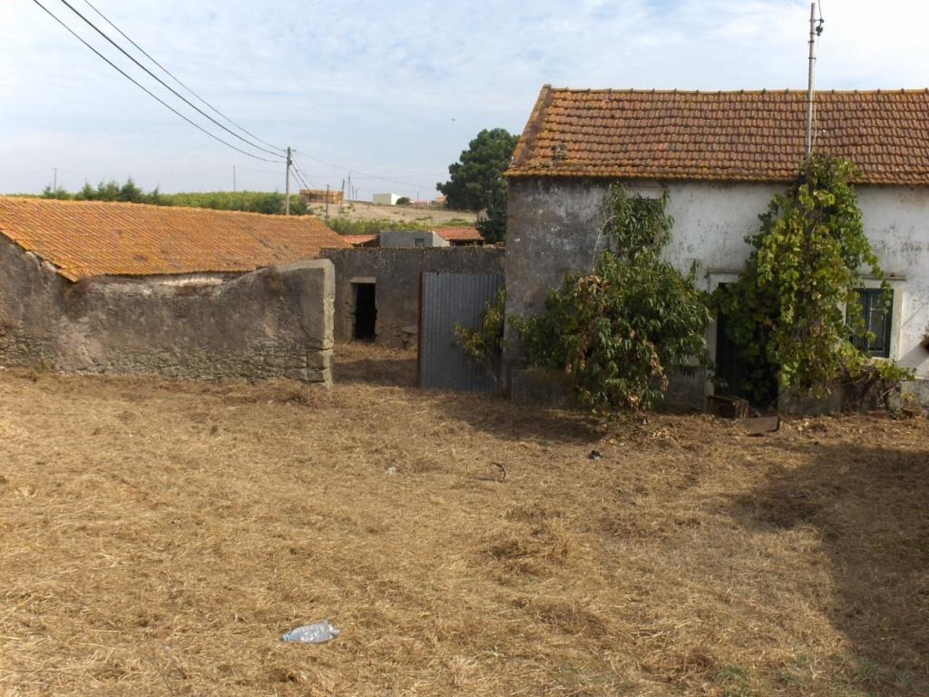 Quintinha com casa rural para restaurar - Casa para restaurar ...